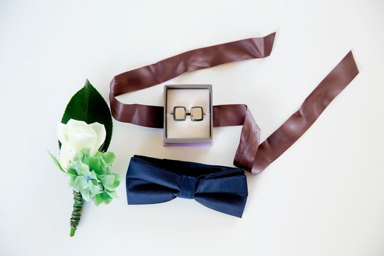the-grooms-wedding-day-details