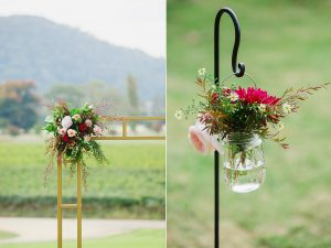the-flowers-at-the-wedding-ceremony